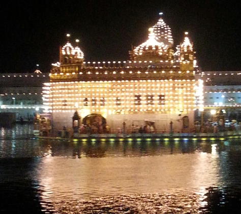 An impressive Golden Temple