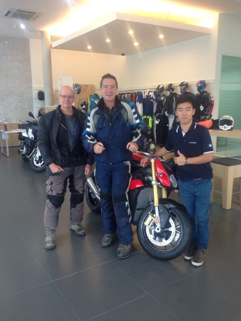 Thanks to the team at FM Motorrad BMW garage for sorting Steve's bike
